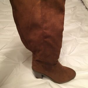 Charlotte Russe Knee High Boots size 7 NEW in box